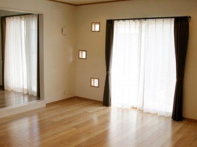写真:リビングと寝室2