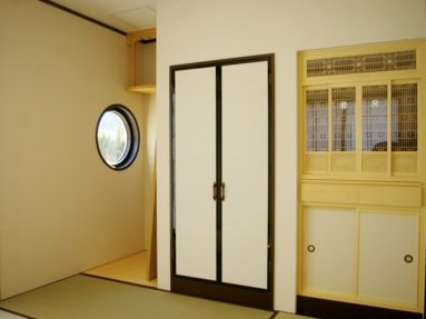 写真:落ち着いた雰囲気の和室