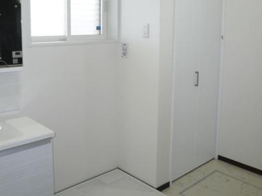写真:洗面脱衣室収納